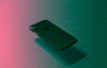 Cara menghapus data aplikasi di iPhone